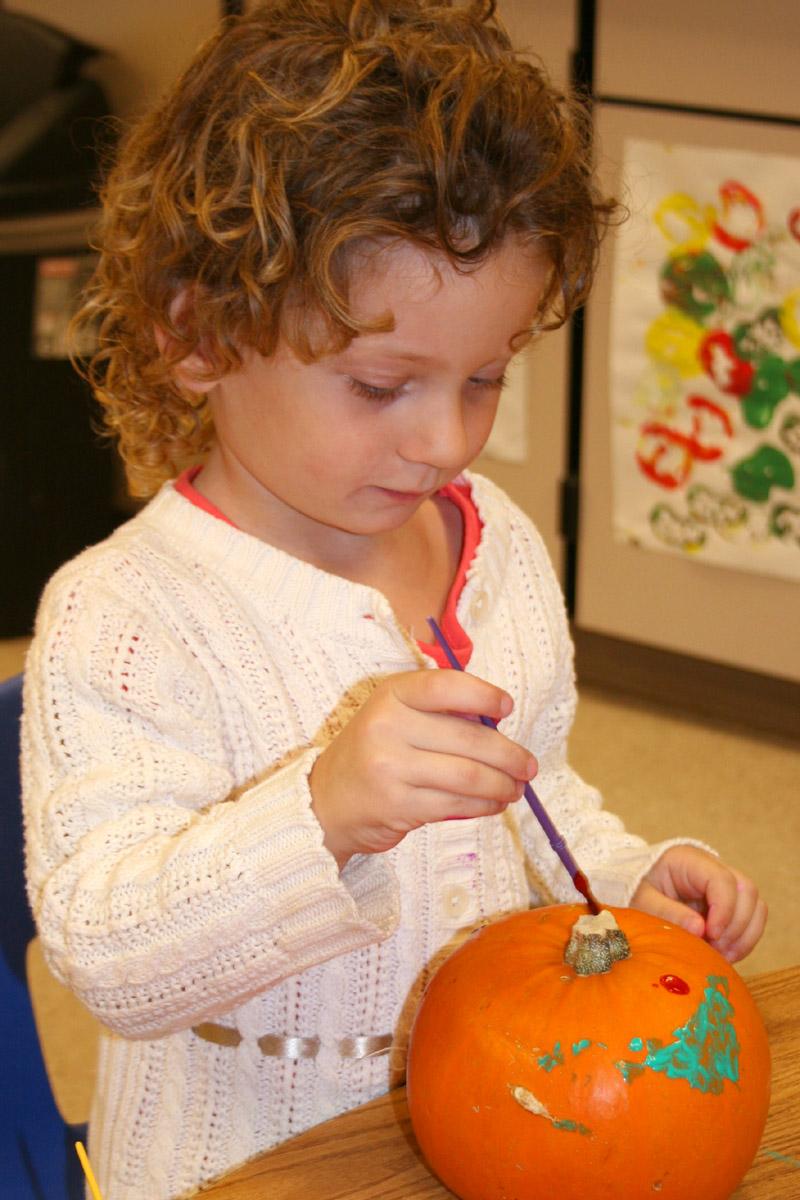 Pumpkin paint 10.10.09