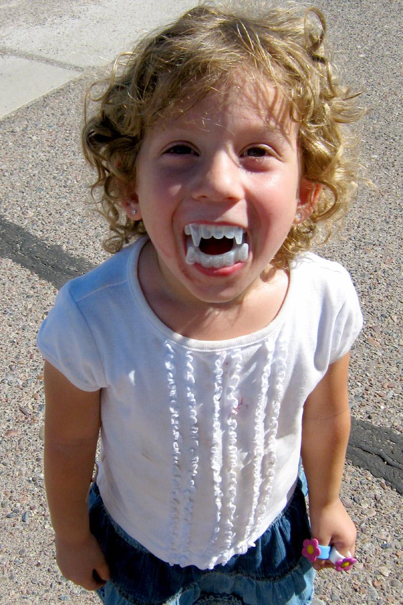 Lael teeth 10.06.09
